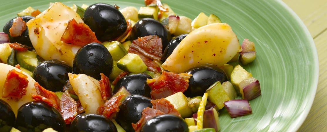 Poêlée d'olives aux petits calamars méditerranéens